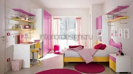 комната молодой девушки