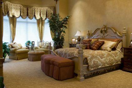 спальня с роскошным интерьером