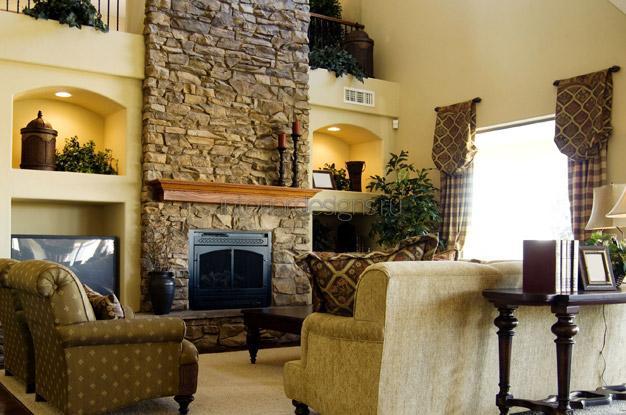 прекрасный камин для интерьера гостиной