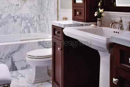 небольшая и узкая ванная