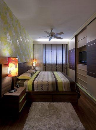 оформление дизайна узкой спальни