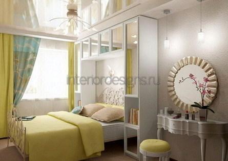 дизайн небольшой и узкой спальни