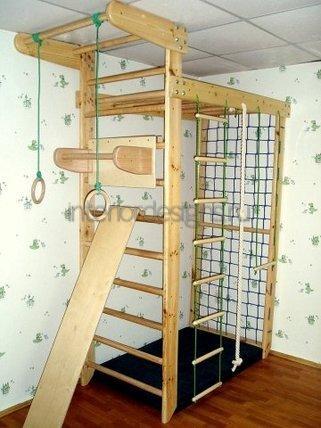 спортивный комплекс в комнате детей
