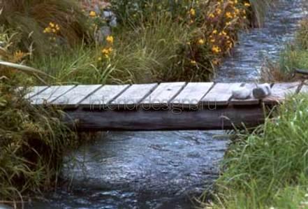 плоский садовый мостик