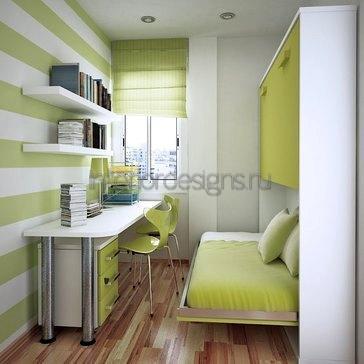 учебная зона в маленькой квартире