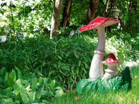 необычные скульптуры в саду