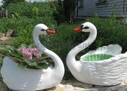 цветочные вазоны в виде лебедей