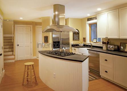 островная конструкция на кухне
