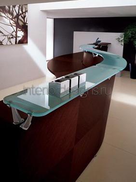 стеклянная столешница стола администратора
