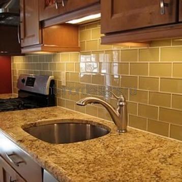 оригинальный дизайн плитки на кухне