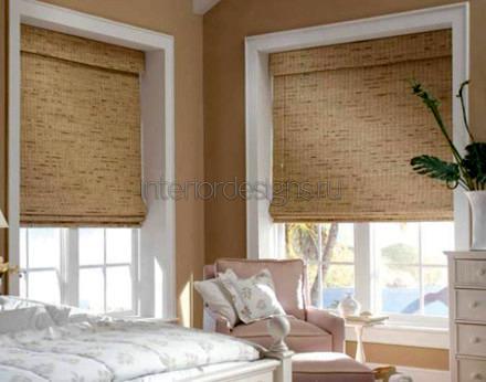 роллеты из бамбука на окнах
