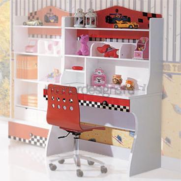письменный столик со стеллажами