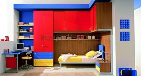 фасад шкафа красного цвета