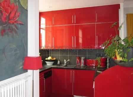 кухонные фасады с глянцевой поверхностью