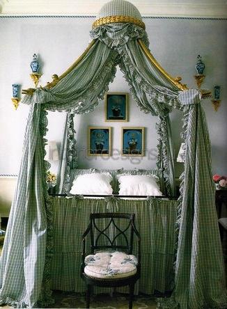 украшение кровати из текстиля