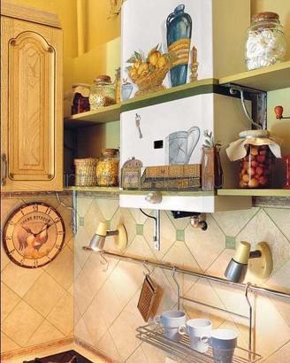 открытые полки с посудой