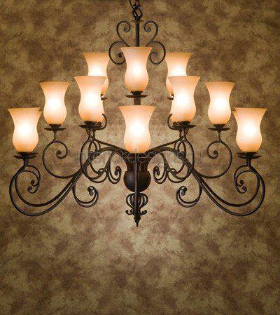 светильник со множеством плафонов