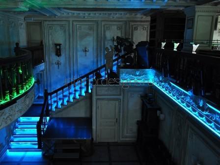 лестница с подсветкой