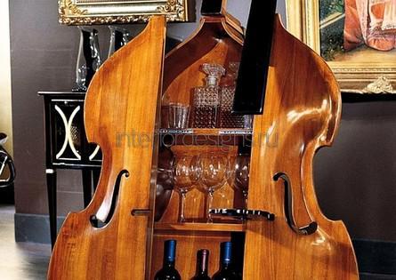 шкаф для вин в виде скрипки