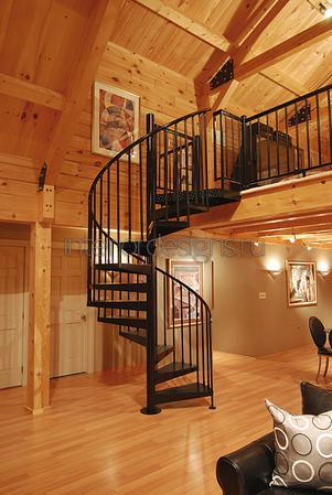 лестница в дизайне прихожей дома