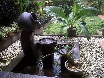 резервуар для фонтана в виде кувшина
