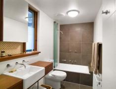 дизайн небольшой или узкой ванной комнаты