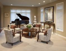 дизайн гостиной с роялем