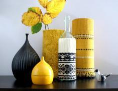 Вязаный декор для дома: вазы